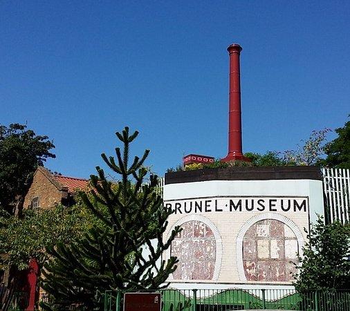 Brunel m