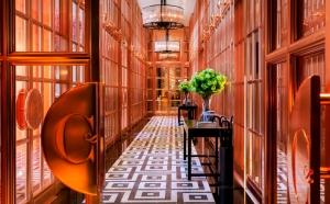 Rosewood Hotel corridor