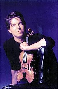 Joshua playing the 1732 strad violin