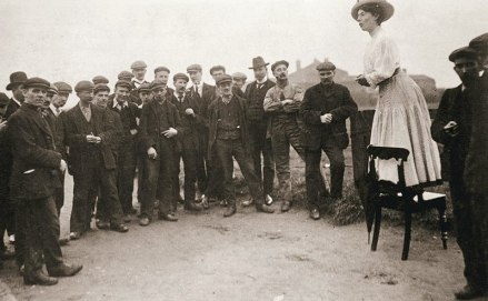 Una addressing a crowd at the Newcastle by-election 1908