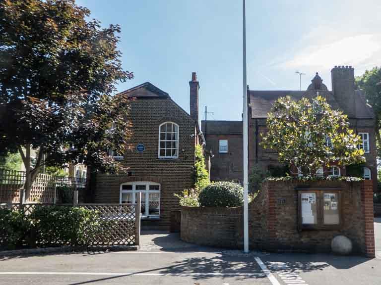 Northcote Lodge School, 26 Bolingbroke Grove, London SW11 6EL